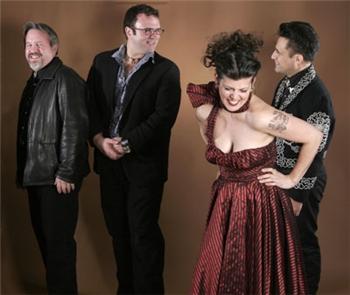 Ruby Dee & the Snankehandlers