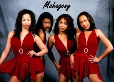 Mahagony Dance Party Band