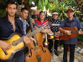 Sol del Valle (feat. Danaisy)